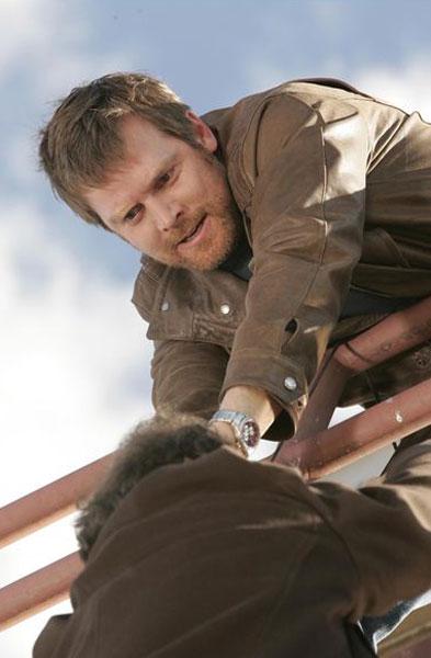 Joshua jackson izlazi s anna torv