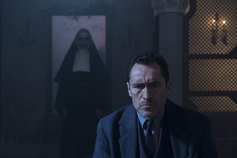Časna (The Nun, 2018) - Film