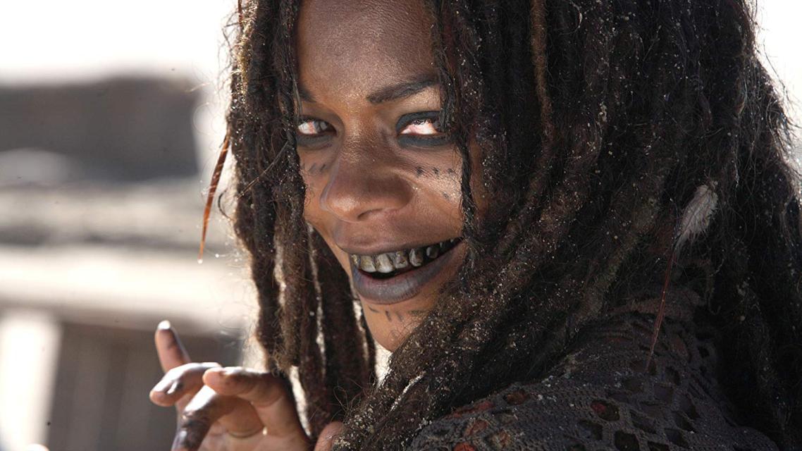 Naomie Harris kao Shriek